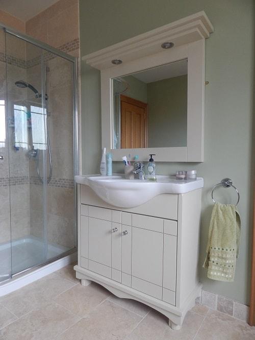 Ivory bathroom unit